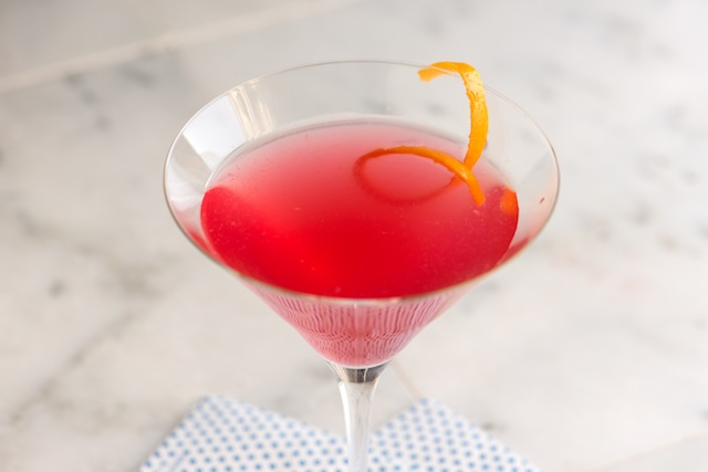 How to make a good cosmopolitan cocktail
