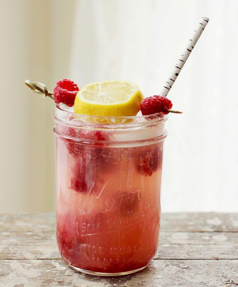 ... raspberry lemonade cocktail via a beautiful mess muddled raspberries