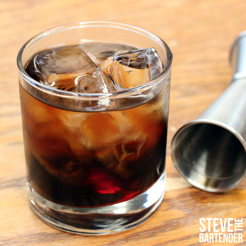 How to make a Black Russian Find more cocktail recipes : black russian cocktail from stevethebartender.com.au size 800 x 800 jpeg 186kB