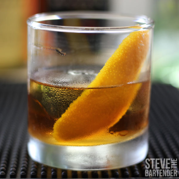 How to make a Spiced Rum Old Fashioned. Cocktail Recipes Online